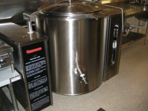 rent commercial kitchen space - equipment